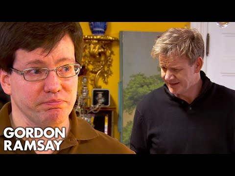 Download Youtube: Ramsay Cannot Believe the Owner Steals His Own Staff's Tips! | Hotel Hell