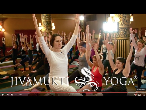 Discover Jivamukti Yoga Teacher Training