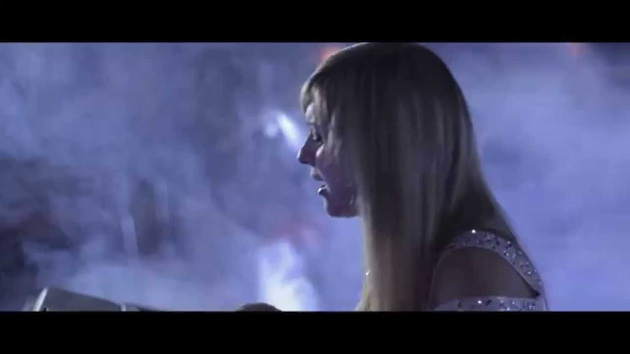Sia – Chandelier (cover) - YouTube