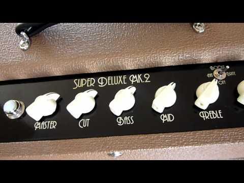Top Hat Super Deluxe Fat Sound Guitars Amp Demo by Greg V.