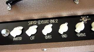 Top Hat Super Deluxe Fat Sound Guitars Amp Demo by Greg V.
