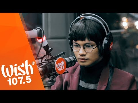 "IV of Spades perform ""Mundo"" LIVE on Wish 107.5 Bus"