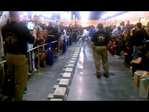Michael Olson – USBA/WBA – World Record 144 patio blocks in 1 minute with a foot stomp