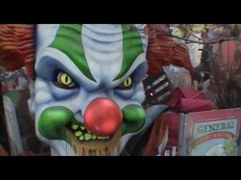 Halloween In Orlando Theme Parks Universal Horror Nights Magic Kingdom Busch Gardens Hhn Youtube