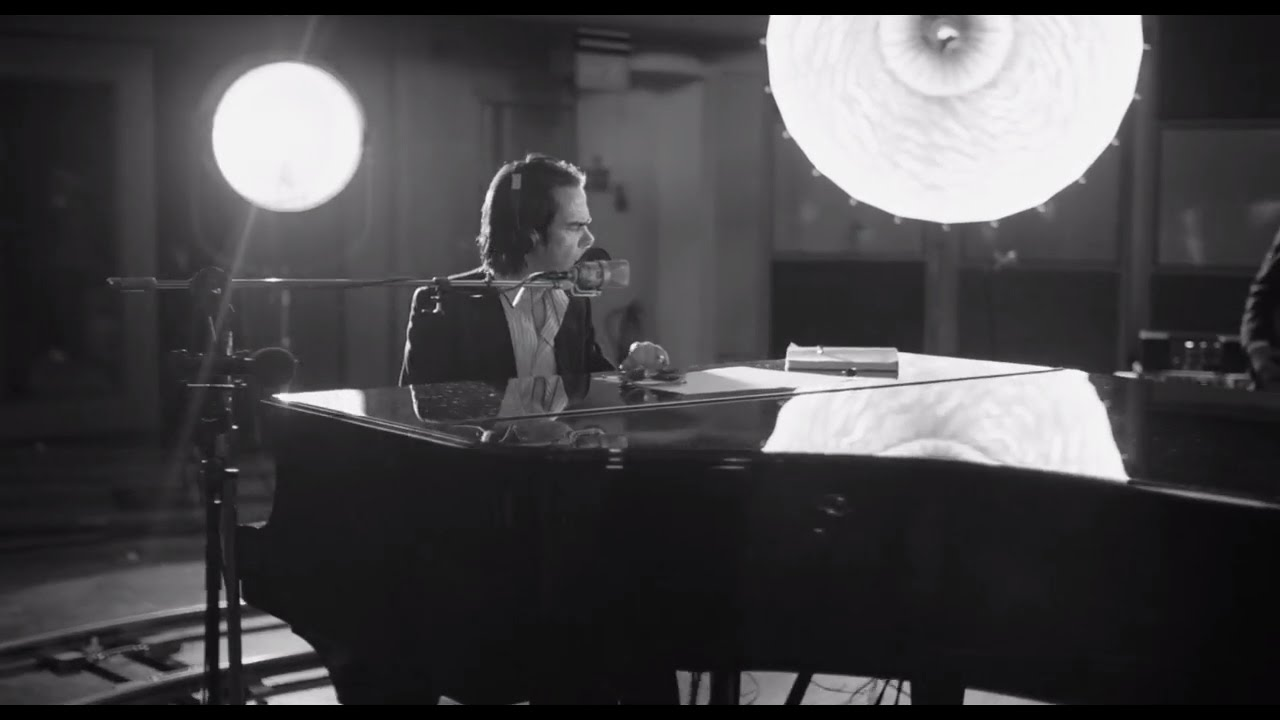 nick-cave-the-bad-seeds-girl-in-amber-official-video-nick-cave-the-bad-seeds