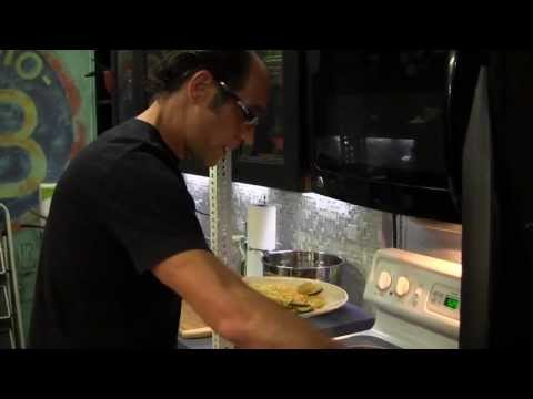 Late Night Eats: Frank Pellegrino's Zucchini with Pasta (Late Night with Jimmy Fallon)