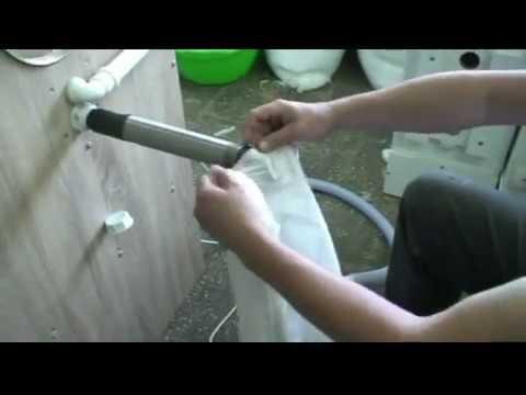 видео: Задувка пуховиков лебяжим пухом, холофайбером, пух-пером.