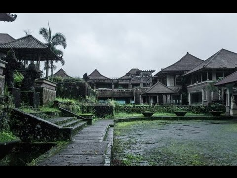 ABANDONED Ghost Palace Bali,Indonesia