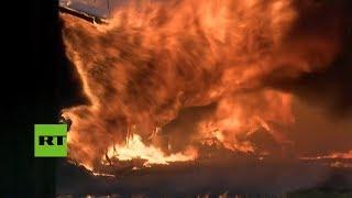 Gran incendio arrasa dos pequeñas comunidades del norte de California