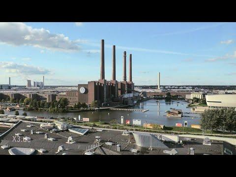 Endlich: Eine Hymne für Wolfsburg | extra 3 | NDR