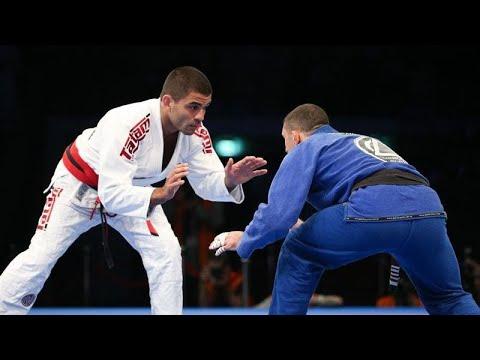 انطلاق بطولة أبوظبي العالمية لمحترفي الجوجيتسو  - 14:23-2018 / 4 / 16