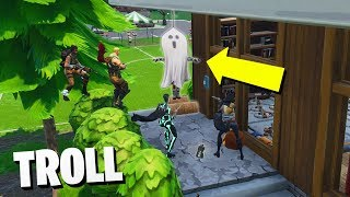 I HAPPEN BY *FANTASMA DECORATIVO* and TROLLEO PEOPLE😂😂 - Fortnite Funny Moments