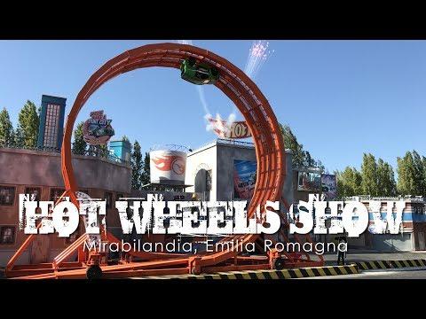 Live Hot Wheels Show - Crazy stunt driving including a loop the loop