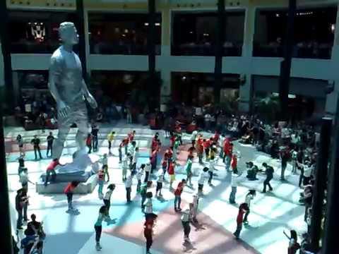 Statue Cristiano Ronaldo Nike Sport Zone Colombo Shopping 2010