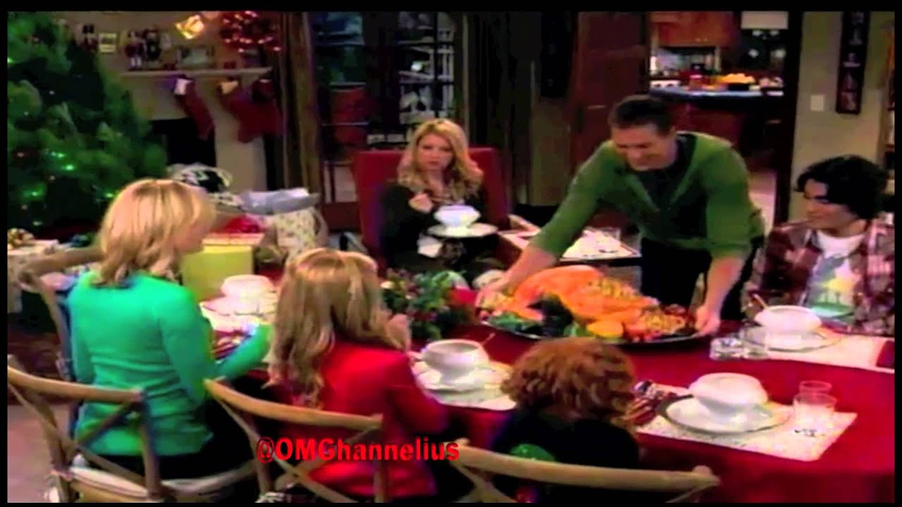 Download Dog With A Blog -  Season 2 - Episode 7 Promo - Twas The Fight Before Christmas - G Hannelius