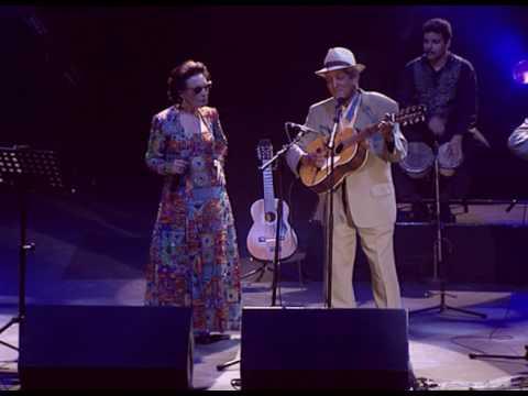 Compay Seugundo - Es Mejor vivir así feat. Martirio (Live Olympia París 1998)