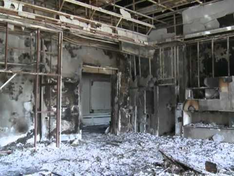 Rebels uncover Kadhafi palace south of Tripoli