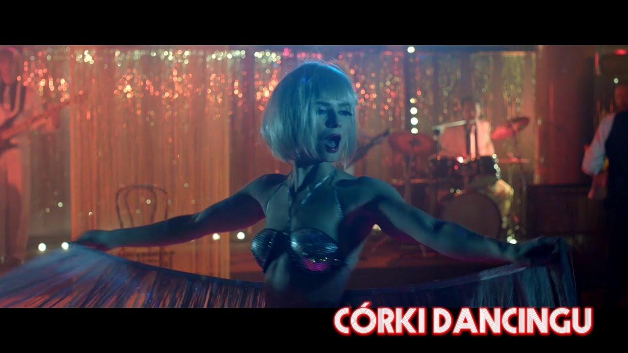 córy dancingu