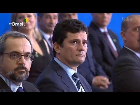 O momento paz e amor de Bolsonaro e Moro