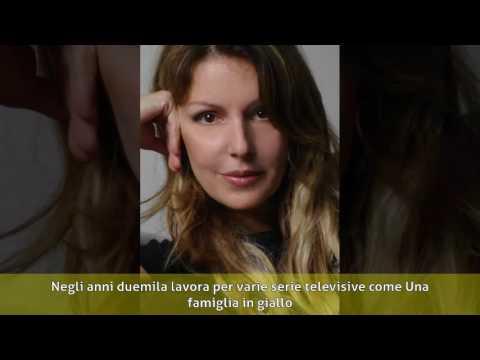 Cinzia Mascoli - Biografia