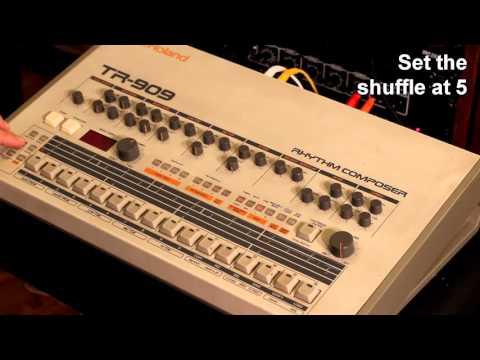 TR-909 ''Revolution 909'' pattern programming