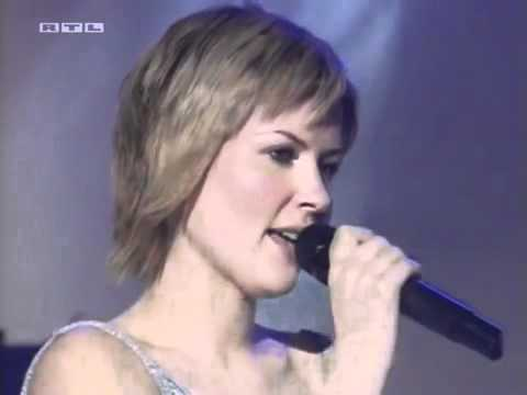 Eminem feat. Dido - Stan (LIVE Performance)