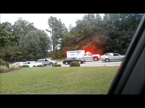 CAPE FEAR VALLEY EMS RESPONDING IN SLIGHTLY HEAVY TRAFFIC