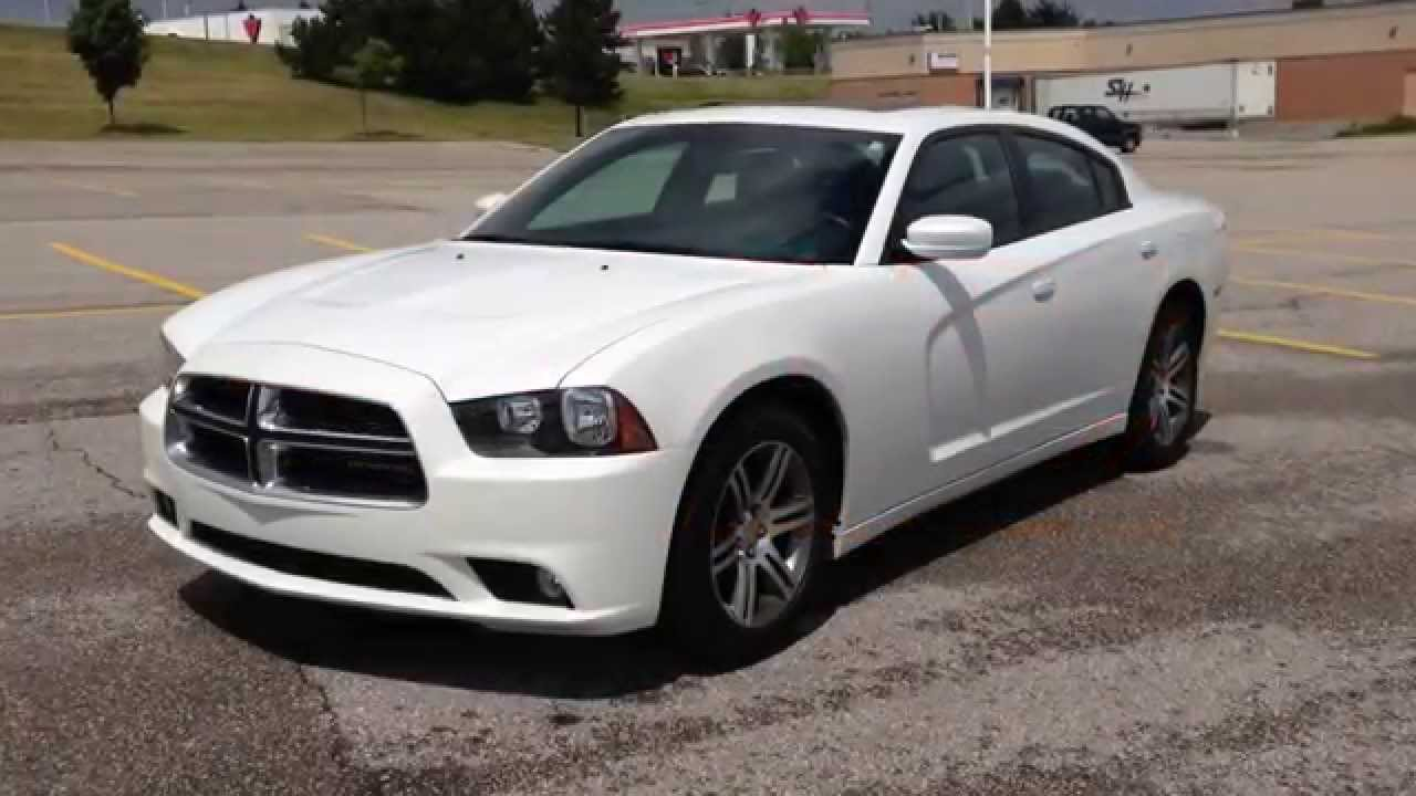 White Dodge Charger >> 2013 White Dodge Charger Sxt Newmarket Ontario Maciver Dodge