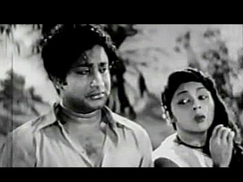 Sivaji Ganesan & Padmini - Thunbam Soozhum Neram - Amara Deepam - Tamil Classic Song
