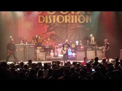 Social Distortion Live 4/7/2017 (California Hustle & Flow) Fox Theater Pomona California 2017