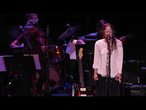 Fast As You Can - Fiona Apple - 10/28/2017