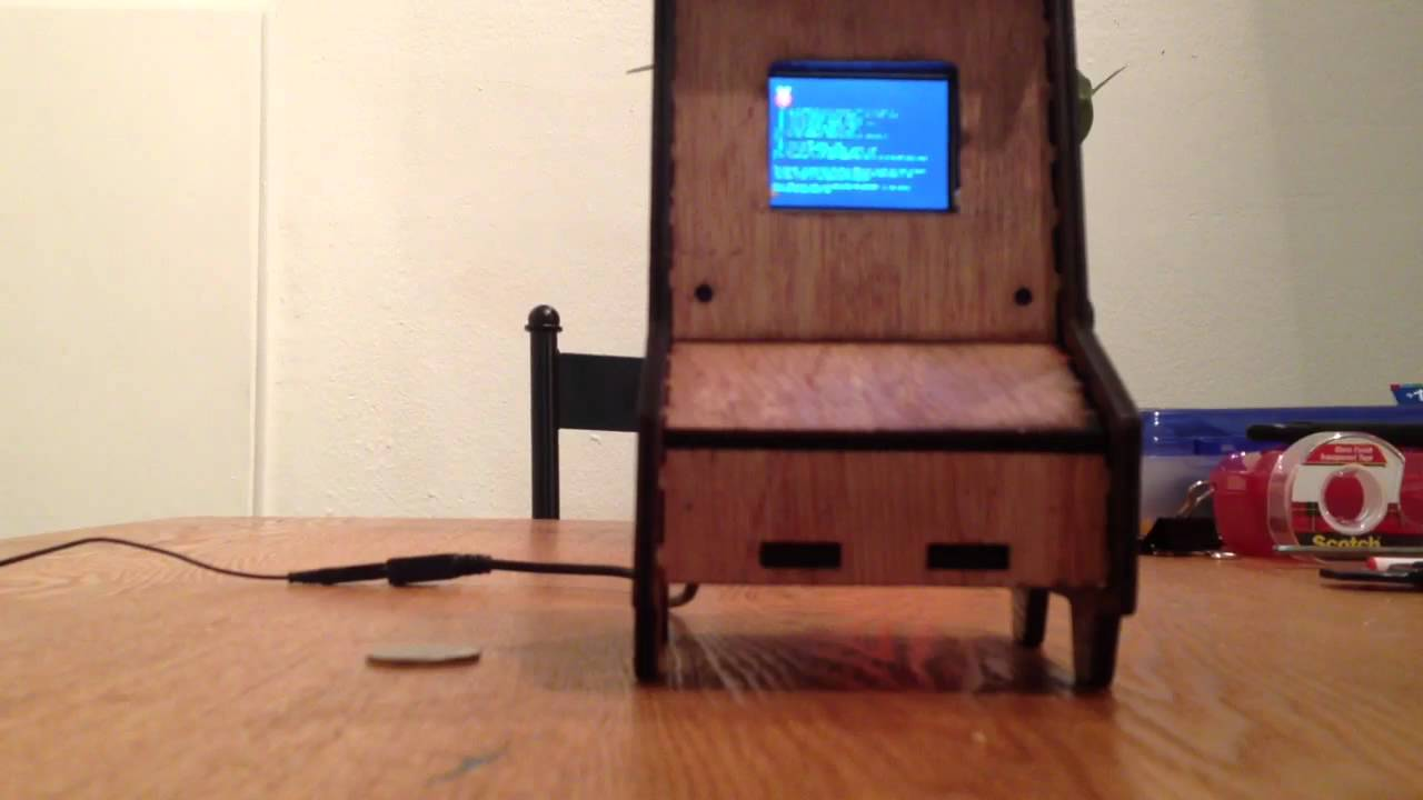 Raspberry Pi Game Cabinet Raspberry Pi Arcade Machine Playing Street Fighter 2 Youtube