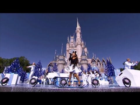 ariana-grande---zero-to-hero-(live-at-the-disney-parade-2015)