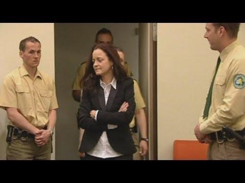 Neo-Nazi murders: Beate Zschaepe goes on trial in Germany