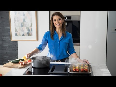 Sofie explores Bosch 80cm Induction Cooktop w/ Integrated Ventilation - PVS851F21E