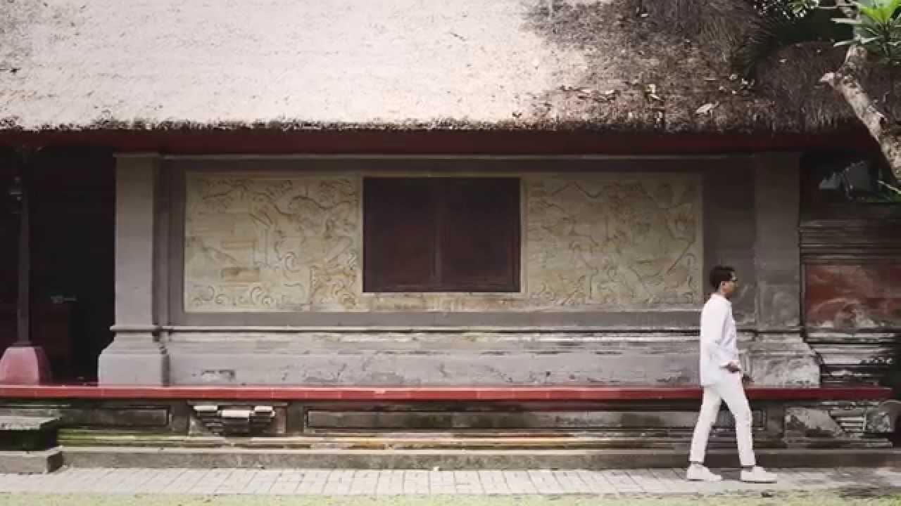 Download Abenk Alter - Lain Waktu (Official Video)