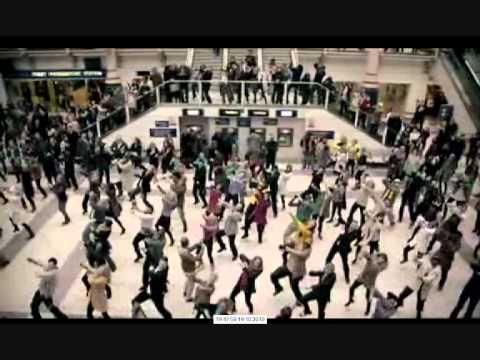 флешмобтанцы в метро