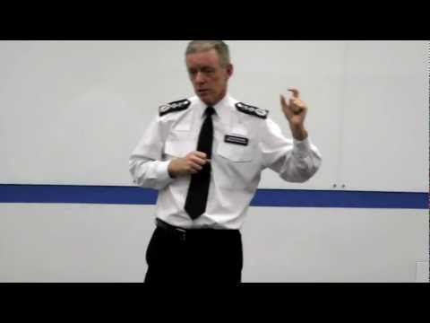 Bernard Hogan-Howe talks PCSOs
