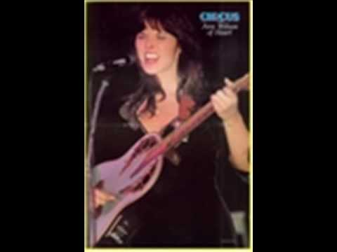 Heart (Ann and Nancy Wilson) with Cyndi Lauper - Maybe I'm Amazed