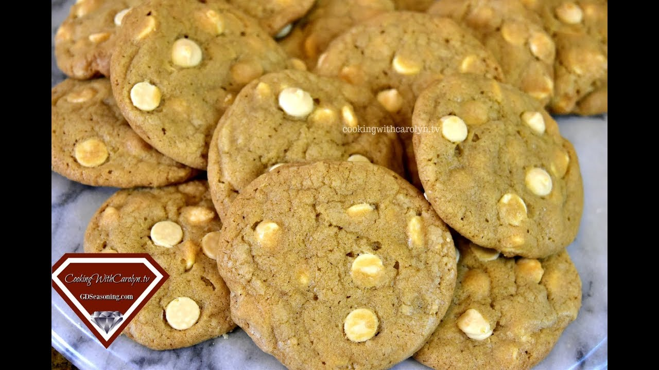CHEWY WHITE CHOCOLATE CHIP MACADAMIA NUT COOKIES RECIPE |Cooking With Carolyn