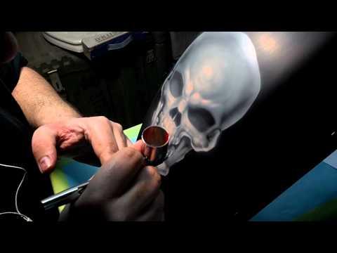 Javier airbrushing