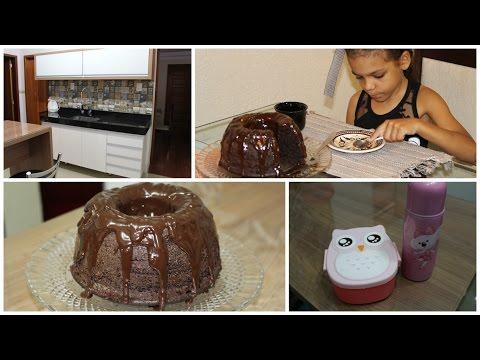 VLOG: Bolo de chocolate + Dica. O que tem embaixo do prato Duda?