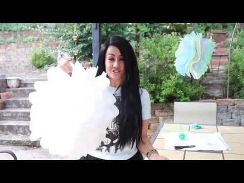 How To Easily (and Cheaply) Make Tissue Paper Pom-Pom Decorations