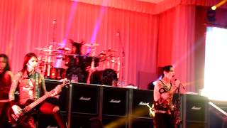 Black Veil Brides - Heart Of Fire + Intro LIVE