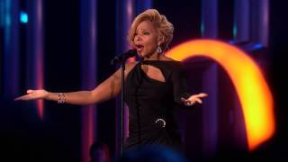 "Mary J. Blige ""One"" in memory of Nelson Mandela- 2013 Nobel Peace Prize Concert"