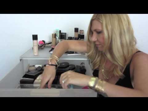 Makeup Collection | De-Clutter (FACE Products Part 1)