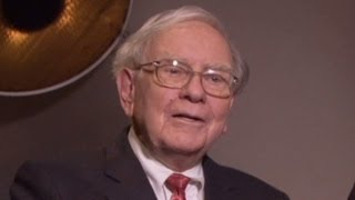 Buffett: Debt politics like
