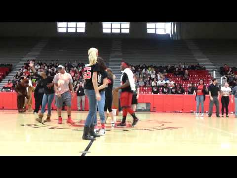 Struthers High School dance off at pep rally