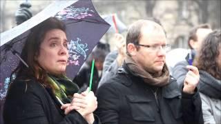Paris : une minute de silence pour Charlie Hebdo à Notre-Dame de Paris