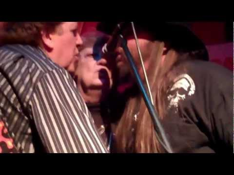 Will the Circle be unbroken - Bobby Mackey Madgelee & Dallas Moore
